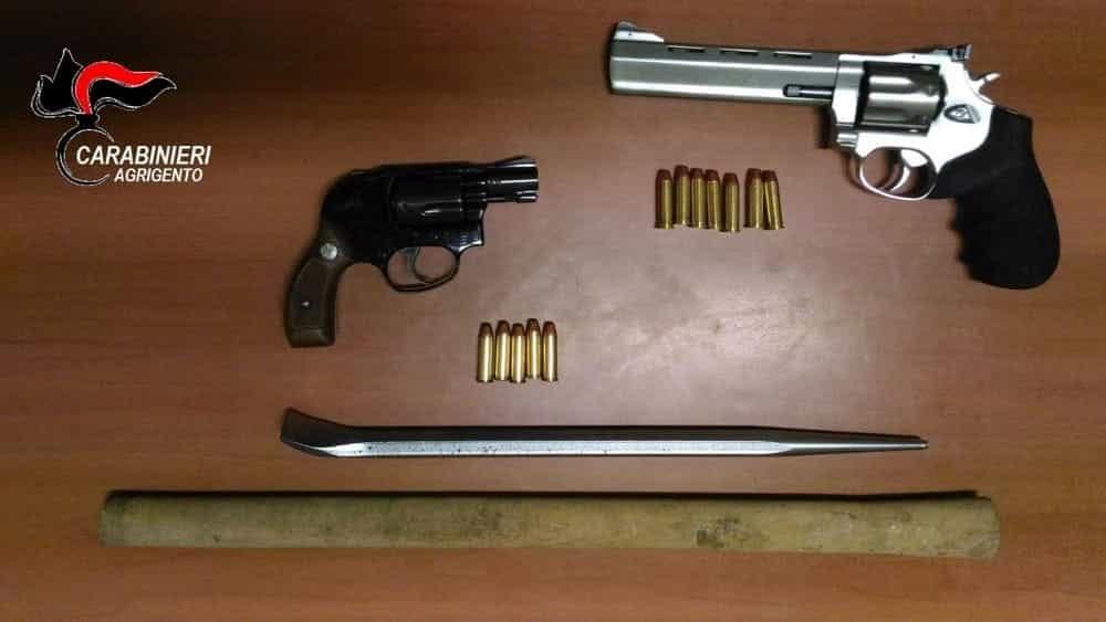 Favara. Trovati con due pistole, condannati i Bellavia a 3 anni e 2 mesi di reclusione
