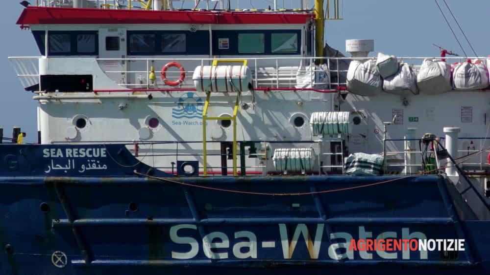 Emergenza migranti e Covid, tampone negativo per il cuoco della Sea Watch