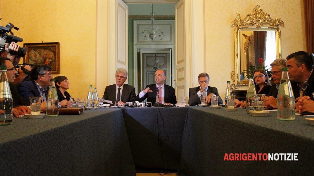 Due milioni di euro del ministero dell 39 interno per l for V dipartimento ministero interno