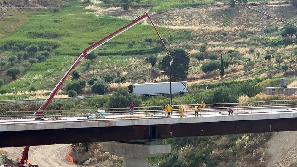 Lavori in corso sul viadotto