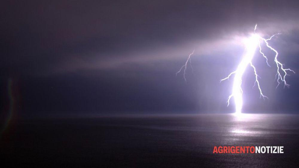 Allerta meteo per domani previsti rovesci e grandinate for Meteo palma di montechiaro