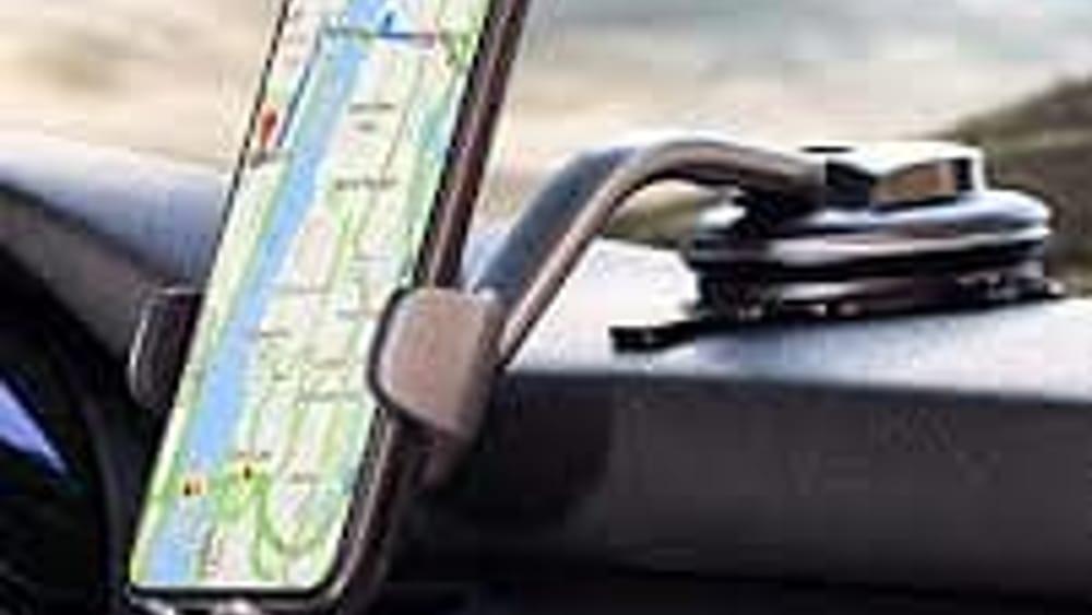 I migliori supporti smartphone per auto