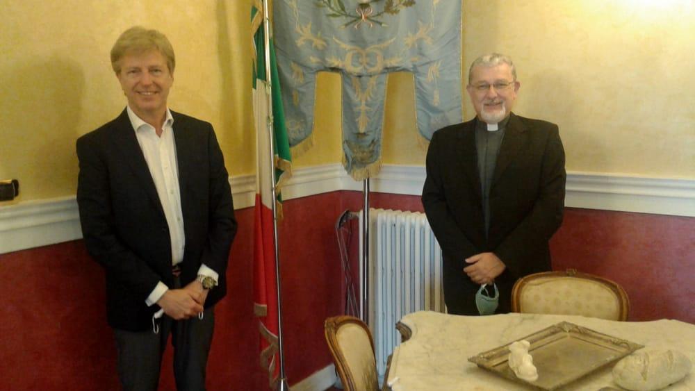 Palazzo dei Giganti, Firetto incontra l'arcivescovo coadiutore don Damiano
